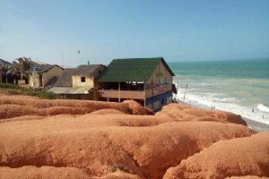 La plage Canoa Quebrada est située dans la région nord-est du Brésil, sur la côte sud de l'état du Ceara. (Crédit photo: Fabio Santana).